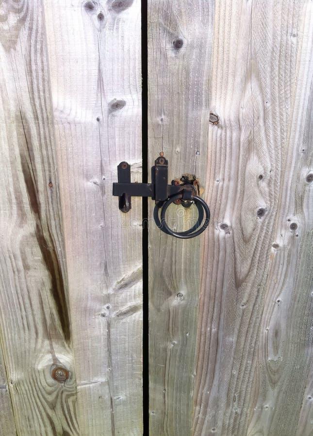 Ξύλινη πύλη κήπων στοκ εικόνες