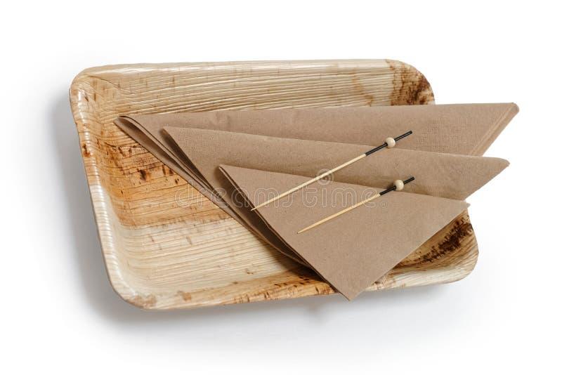 Ξύλινο επιτραπέζιο σκεύος μπαμπού που απομονώνεται στο άσπρο υπόβαθρο στοκ εικόνα με δικαίωμα ελεύθερης χρήσης