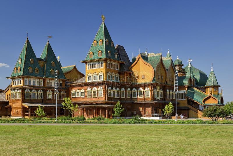 Ξύλινο παλάτι στοκ φωτογραφία