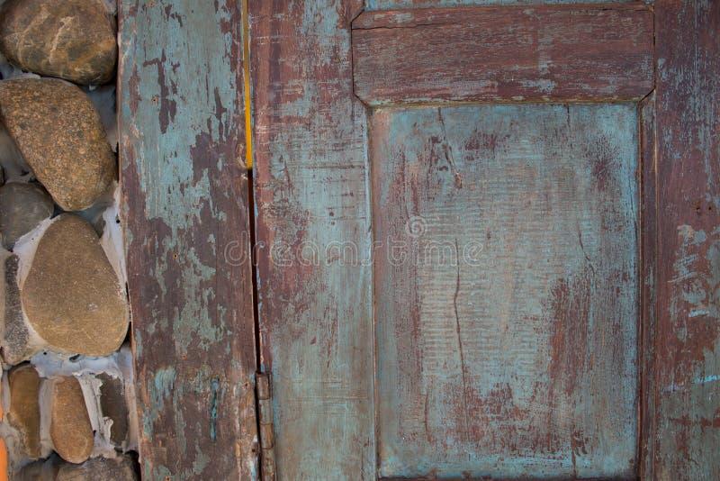 Ξύλινο παλαιό εκλεκτής ποιότητας υπόβαθρο πορτών στοκ εικόνες με δικαίωμα ελεύθερης χρήσης