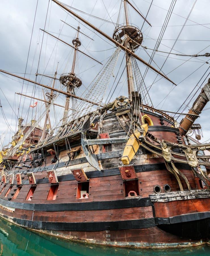 Ξύλινο σκάφος πειρατών στη Γένοβα στοκ φωτογραφίες