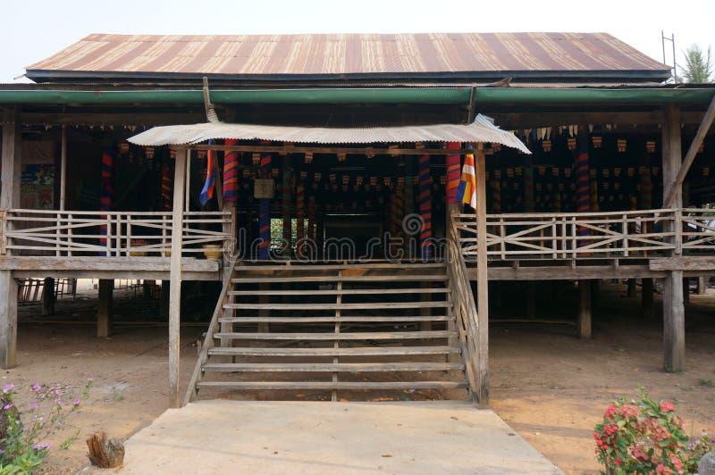 Ξύλινο σπίτι Moncs στοκ εικόνα με δικαίωμα ελεύθερης χρήσης