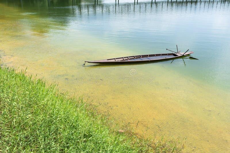 Ξύλινο Sampan στοκ φωτογραφία με δικαίωμα ελεύθερης χρήσης