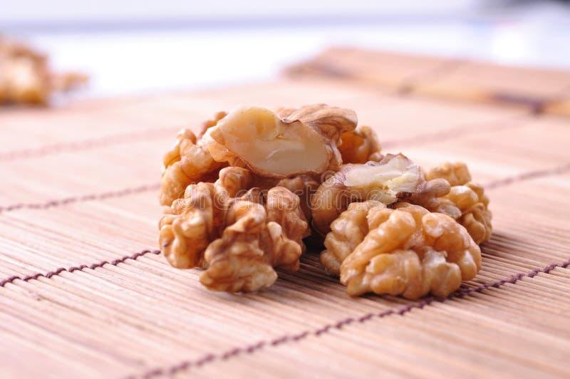 Download Ξύλο καρυδιάς--ένα είδος δημοφιλών καρυδιών στον κόσμο Στοκ Εικόνες - εικόνα από ακόρεστος, ασυλία: 62719896