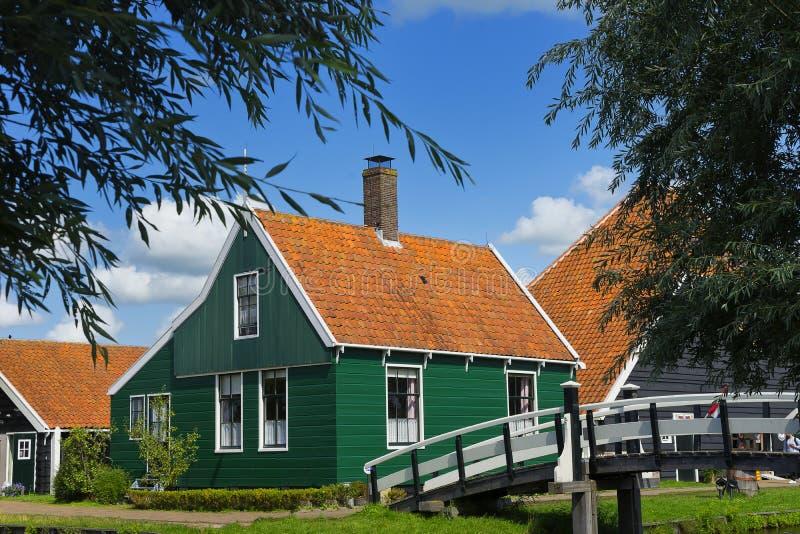 Οίκοι του Zaanse Schans στο πάρκο Windmillpark στο Zaandem, Ολλανδία, Κάτω Χώρες στοκ φωτογραφία με δικαίωμα ελεύθερης χρήσης