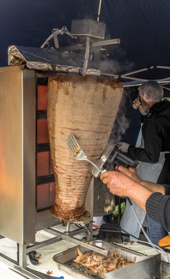 Οβελίδιο με το kebab στοκ εικόνα με δικαίωμα ελεύθερης χρήσης