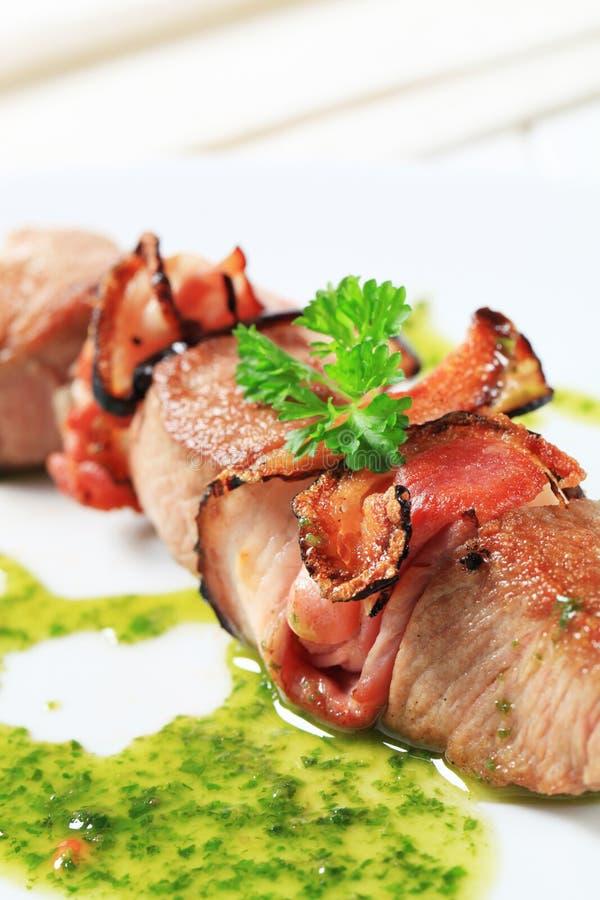 οβελίδιο χοιρινού κρέατος μπέϊκον στοκ εικόνα με δικαίωμα ελεύθερης χρήσης
