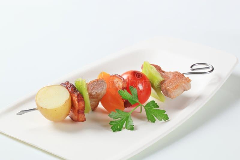 οβελίδιο χοιρινού κρέατ&om στοκ φωτογραφία με δικαίωμα ελεύθερης χρήσης
