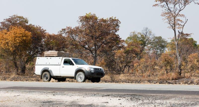 Οδήγηση ανοιχτών φορτηγών στη Μποτσουάνα στοκ φωτογραφίες