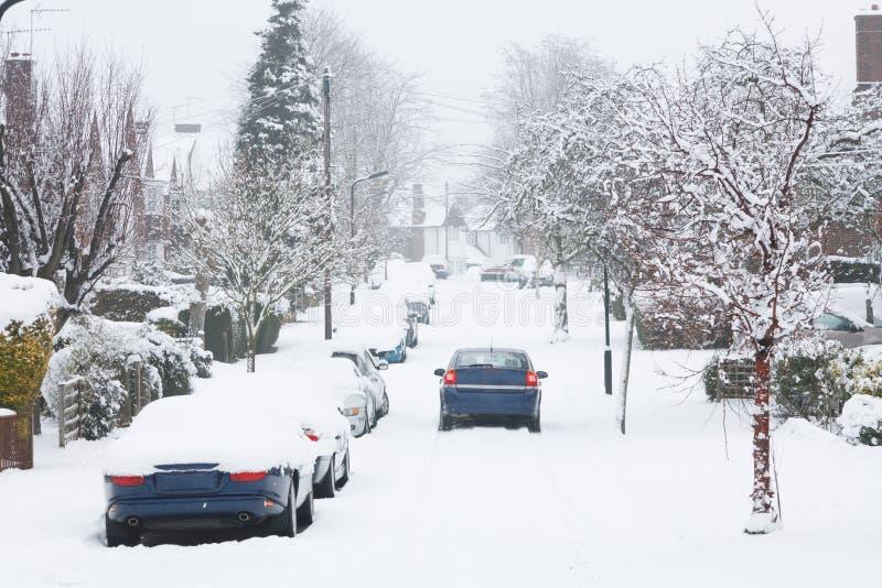 Οδήγηση στο χιόνι στοκ φωτογραφία με δικαίωμα ελεύθερης χρήσης