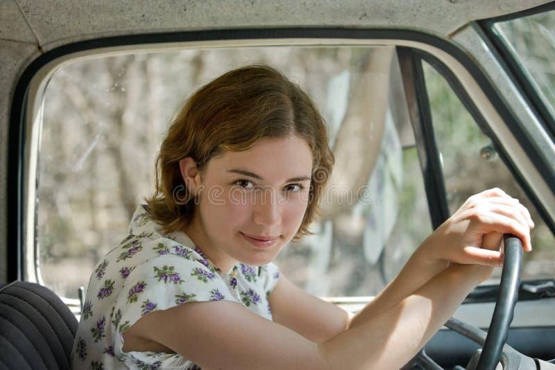 οδηγώντας παλαιό truck στοκ φωτογραφία με δικαίωμα ελεύθερης χρήσης
