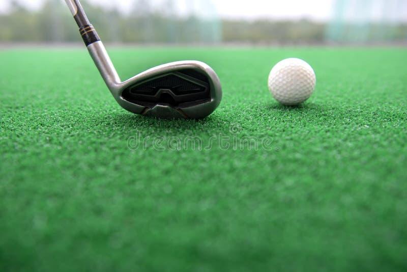 οδηγώντας σειρά γκολφ στοκ εικόνα με δικαίωμα ελεύθερης χρήσης