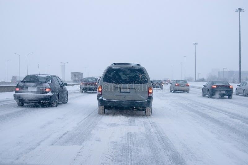 οδηγώντας χειμώνας στοκ εικόνες