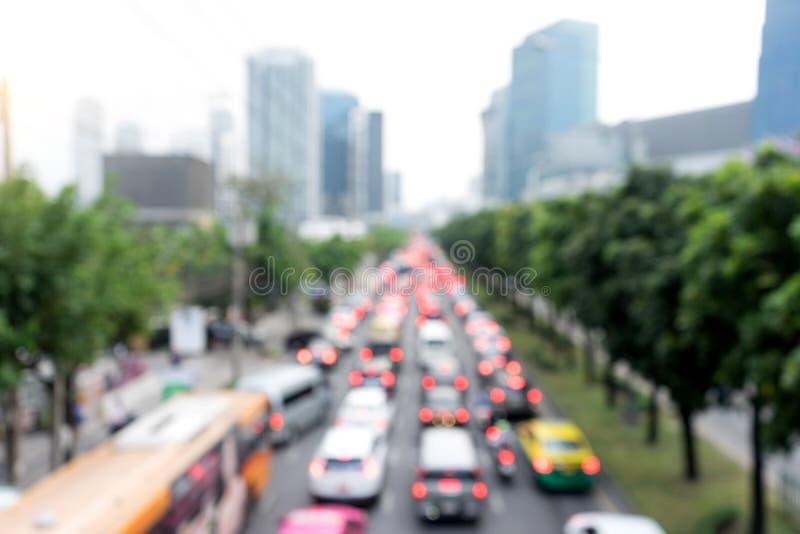 οδικό πλήρως αυτοκίνητο θαμπάδων με την κυκλοφοριακή συμφόρηση στοκ φωτογραφία