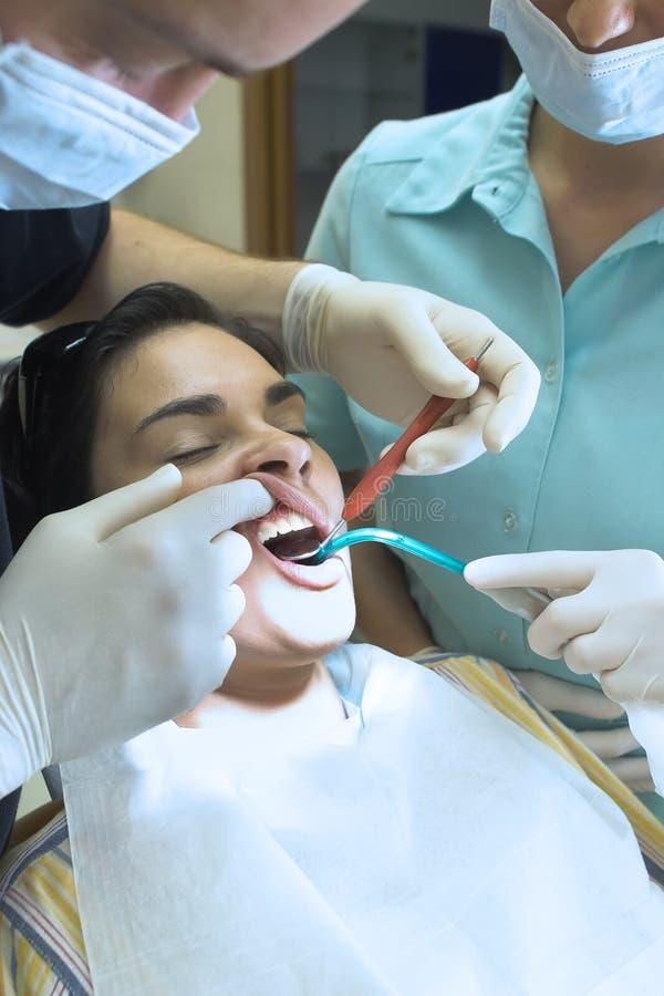 οδοντίατρος στοκ φωτογραφία με δικαίωμα ελεύθερης χρήσης