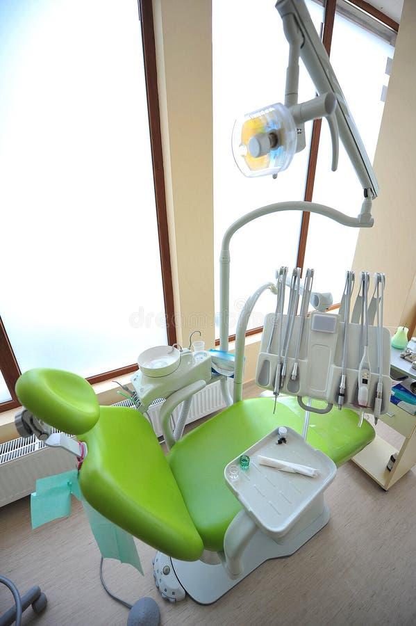 Οδοντική έδρα (γραφείο οδοντιάτρων) στοκ φωτογραφία