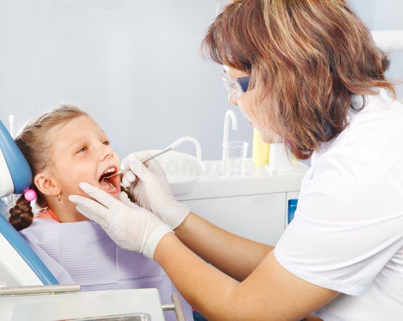 Οδοντική εξέταση στοκ φωτογραφίες με δικαίωμα ελεύθερης χρήσης
