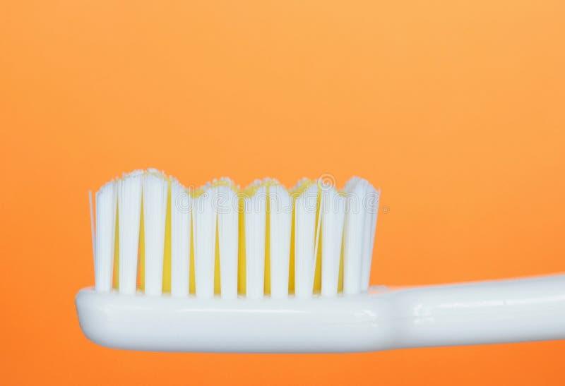 Download οδοντόβουρτσα στοκ εικόνα. εικόνα από οδοντόπαστα, bathos - 123749
