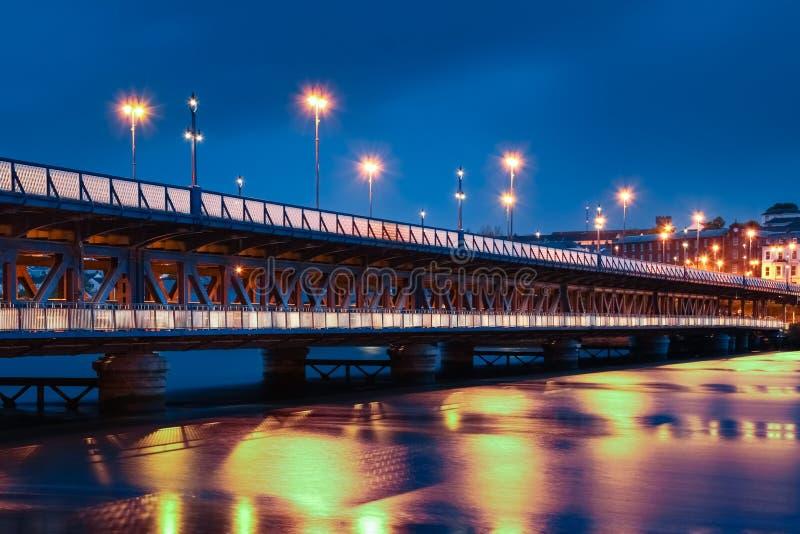 Οδός γεφυρών Derry Londonderry Βόρεια Ιρλανδία βασίλειο που ενώνεται στοκ φωτογραφία με δικαίωμα ελεύθερης χρήσης