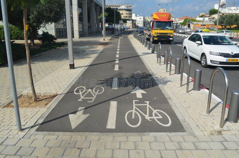 οδός μονοπατιών palanga ποδηλάτων basanaviciaus aviv Ισραήλ τηλ στοκ φωτογραφία με δικαίωμα ελεύθερης χρήσης