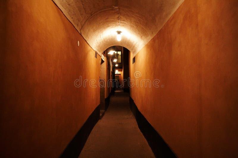 οδός νύχτας αψίδων στοκ εικόνες
