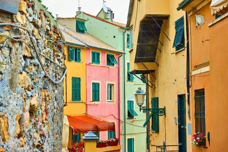 Οδός στην περιοχή Boccadasse στη Γένοβα στοκ εικόνες