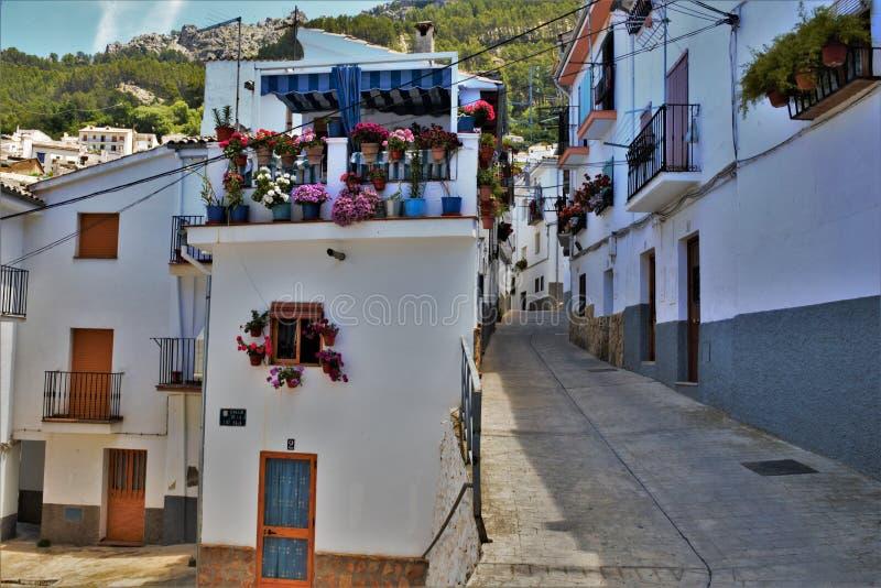 Οδός του χωριού Cazorla στην Ανδαλουσία Ισπανία στοκ φωτογραφίες με δικαίωμα ελεύθερης χρήσης