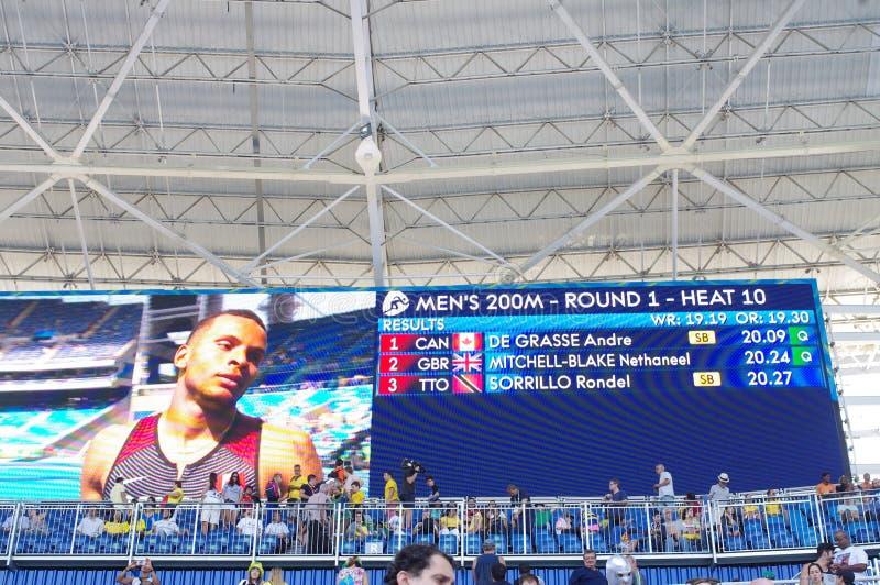 Οθόνη με το Andre de Grasse στους Ολυμπιακούς Αγώνες Rio2016 στοκ φωτογραφίες