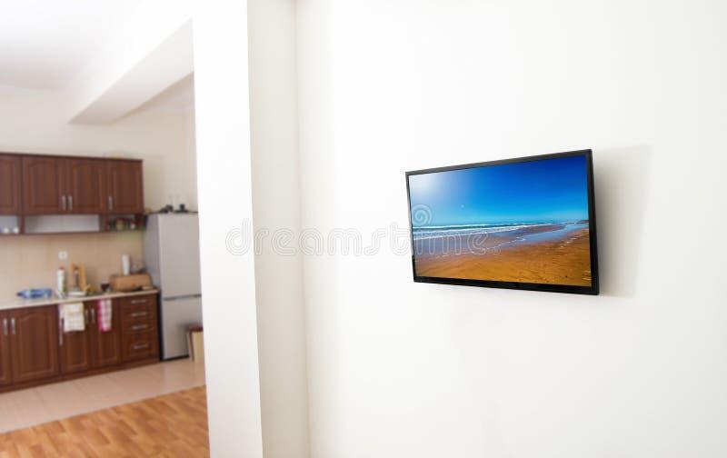 Οθόνη TV σε apartmnent στοκ φωτογραφία με δικαίωμα ελεύθερης χρήσης