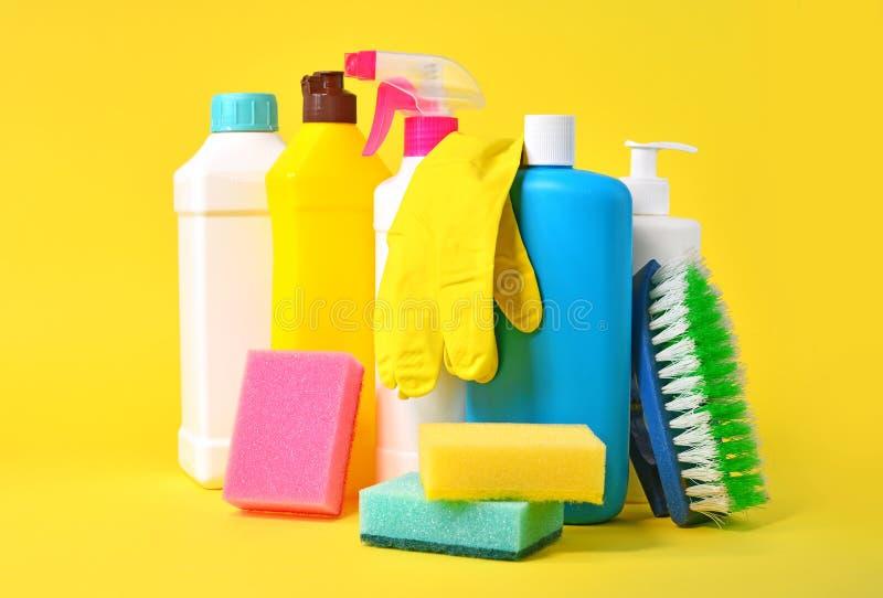 Οικιακά χημικά για υπηρεσίες καθαρισμού στοκ εικόνα με δικαίωμα ελεύθερης χρήσης