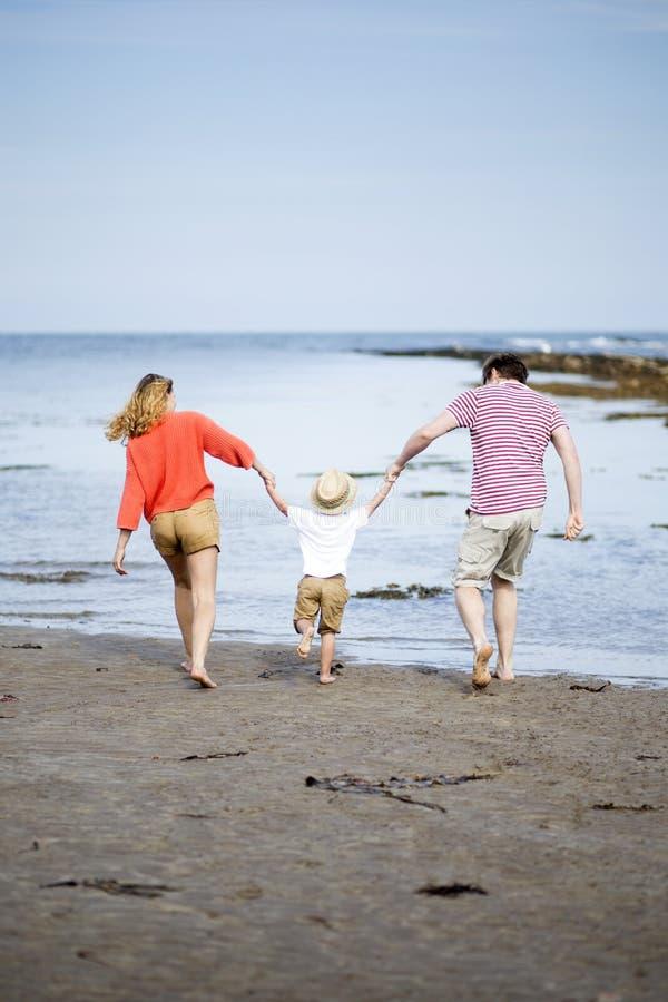 οικογένεια ευτυχής λίγα στοκ εικόνες