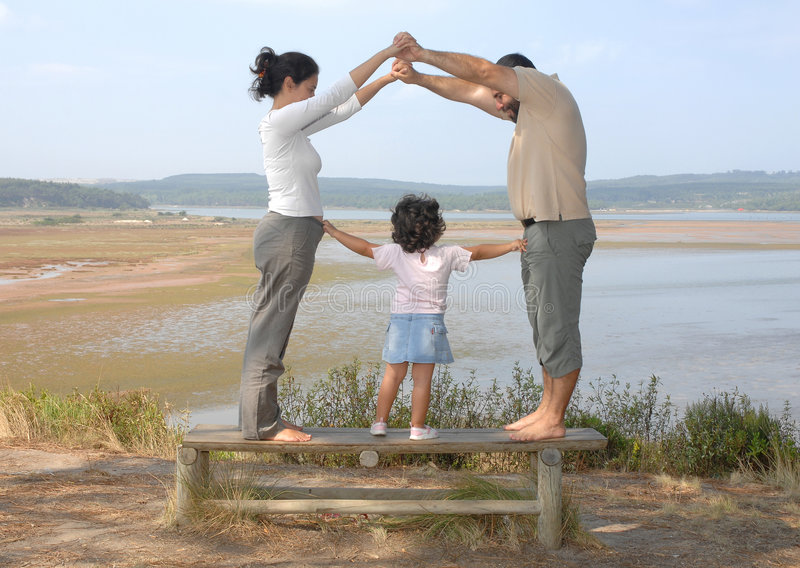 οικογένεια ευτυχής στοκ εικόνα