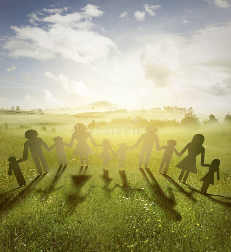 οικογένεια που ενώνετα&i στοκ εικόνα με δικαίωμα ελεύθερης χρήσης