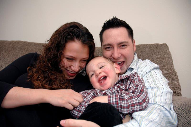 Download οικογένεια στοκ εικόνα. εικόνα από childhood, γυναίκα, αγάπη - 392693
