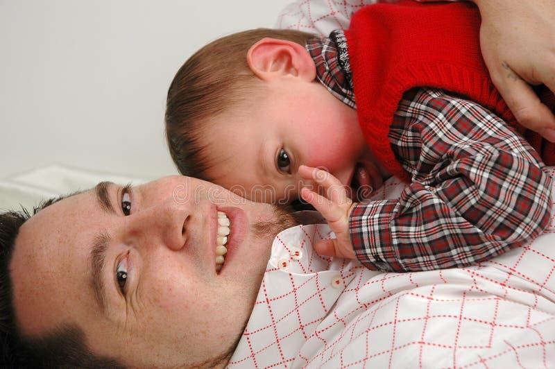 Download οικογένεια στοκ εικόνες. εικόνα από σύζυγος, φίλος, πατέρας - 392762