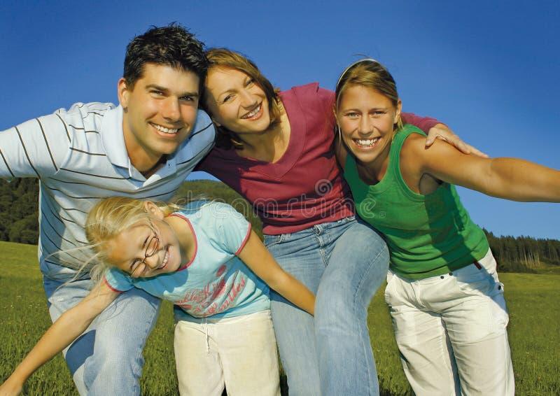 οικογένεια 4 ευτυχής στοκ εικόνες