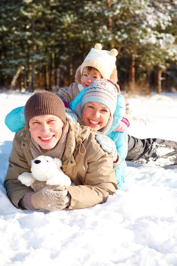 οικογενειακός χειμώνα&sig στοκ εικόνες