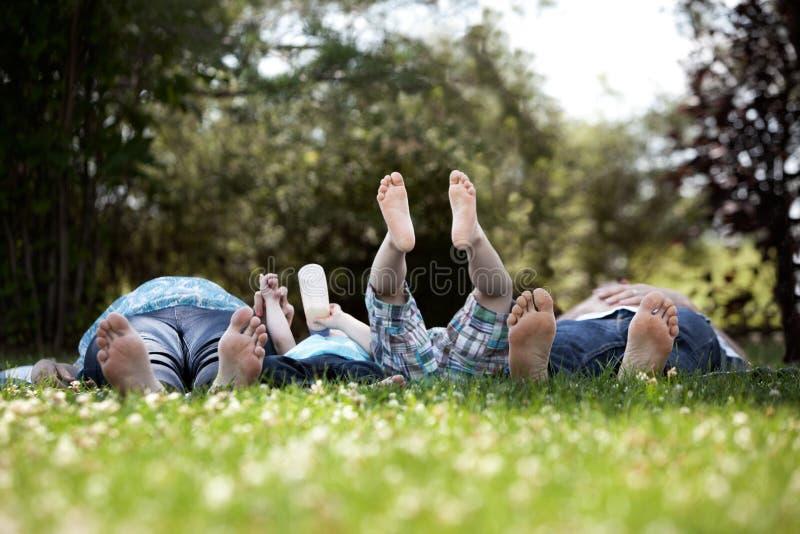 Οικογενειακό πορτρέτο των ποδιών Στοκ Εικόνα