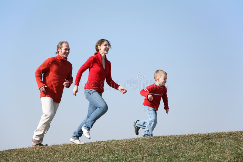 οικογενειακό τρέξιμο στοκ εικόνα