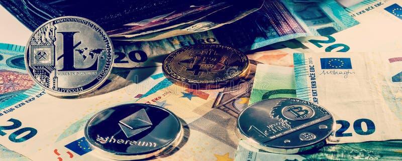 Οικονομική έννοια με το φυσικό bitcoin και ethereum πέρα από ένα πορτοφόλι δέρματος με τους ευρο- λογαριασμούς μέσα στοκ εικόνες
