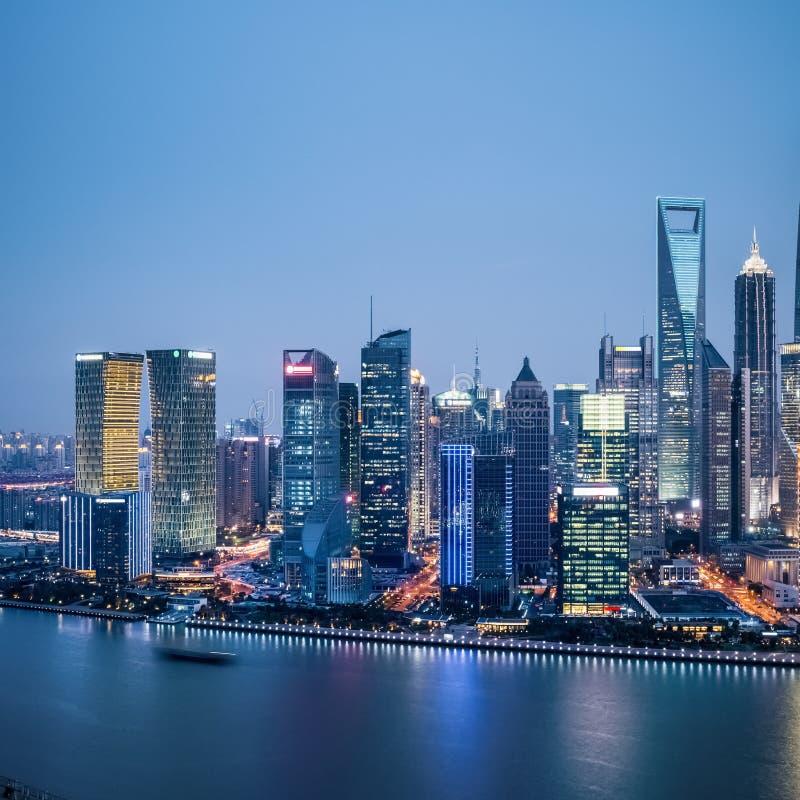 Οικονομική περιοχή της Σαγκάη στο σούρουπο στοκ φωτογραφία με δικαίωμα ελεύθερης χρήσης