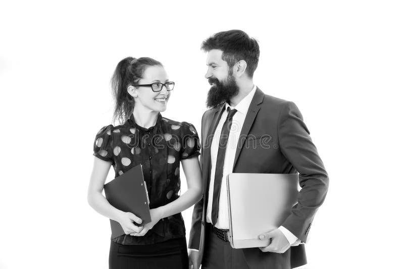 Οικονομικός εμπειρογνώμονας με το lap-top Επιχείρηση διαβούλευσης ανδρών και γυναικών B2B διαβούλευση Έννοια ομάδων μάρκετινγκ Συ στοκ φωτογραφίες με δικαίωμα ελεύθερης χρήσης