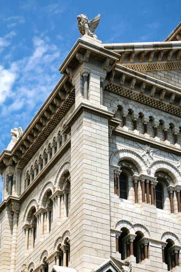 οικοδόμημα του καθεδρικού ναού Άγιου Βασίλη στο Μονακό στοκ φωτογραφία με δικαίωμα ελεύθερης χρήσης
