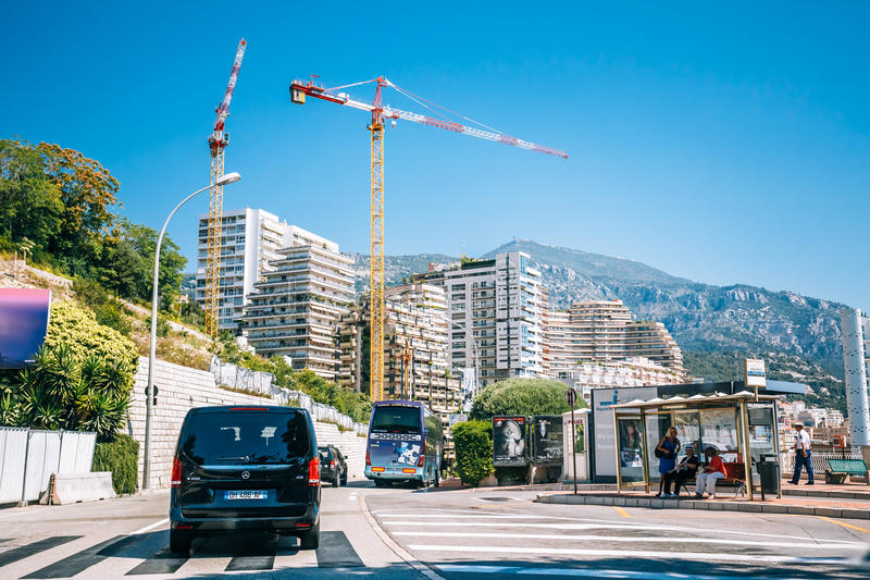 Οικοδόμηση των κατοικημένων κτηρίων στο Μονακό, Μόντε Κάρλο στοκ φωτογραφία με δικαίωμα ελεύθερης χρήσης
