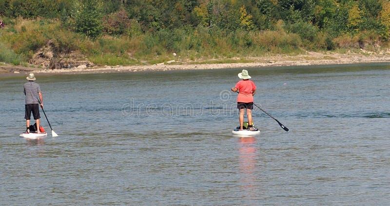 Οικότροφοι κουπιών στον ποταμό του βόρειου Saskatchewan στοκ εικόνες