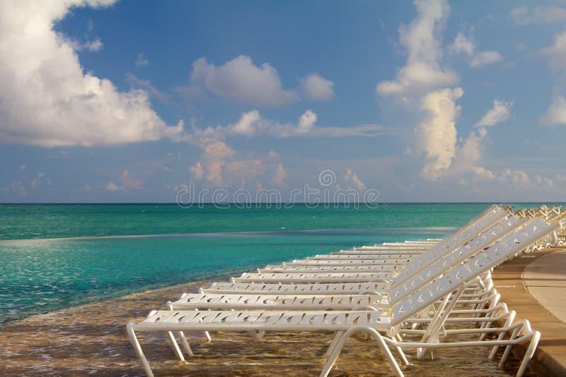 οι έδρες παραλιών των Μπαχ&al στοκ φωτογραφίες με δικαίωμα ελεύθερης χρήσης