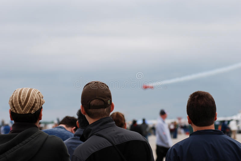 Οι λαοί βλέπουν τον αέρα παρουσιάζουν στοκ εικόνα