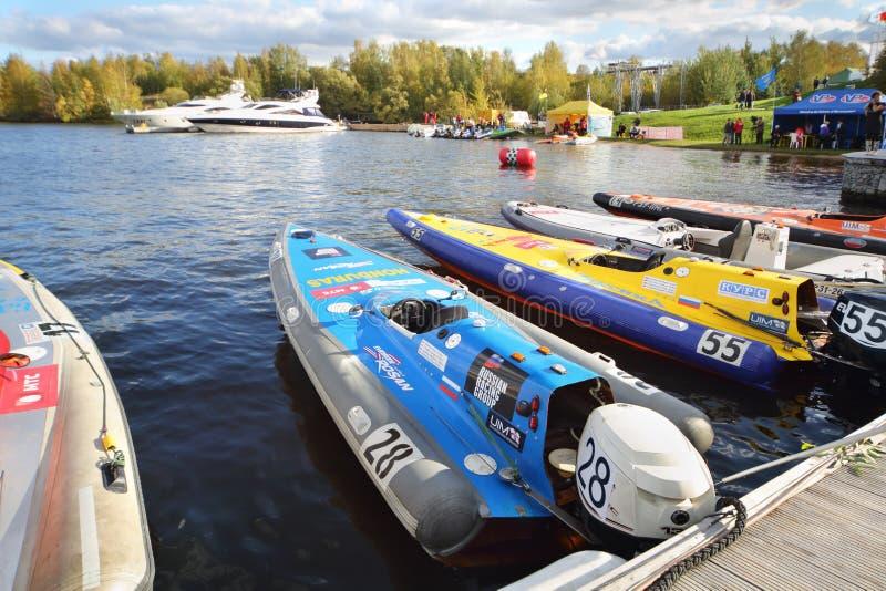 Οι βάρκες μηχανών στη φυλή Powerboat παρουσιάζουν 2012 στοκ φωτογραφίες με δικαίωμα ελεύθερης χρήσης