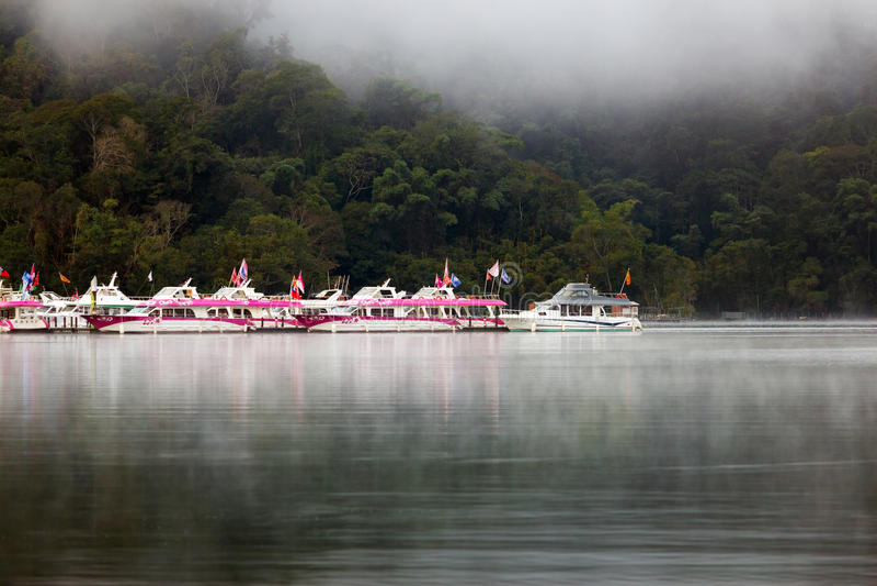 Οι βάρκες στην αποβάθρα της Ita Thao στοκ εικόνες με δικαίωμα ελεύθερης χρήσης