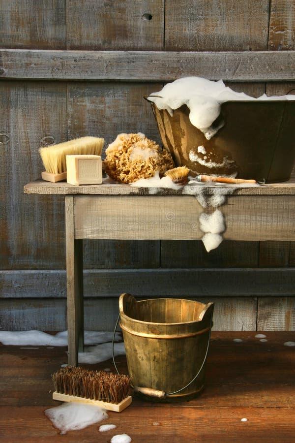 οι βούρτσες τρίβουν το πλύσιμο σκαφών σαπουνιών στοκ φωτογραφίες με δικαίωμα ελεύθερης χρήσης